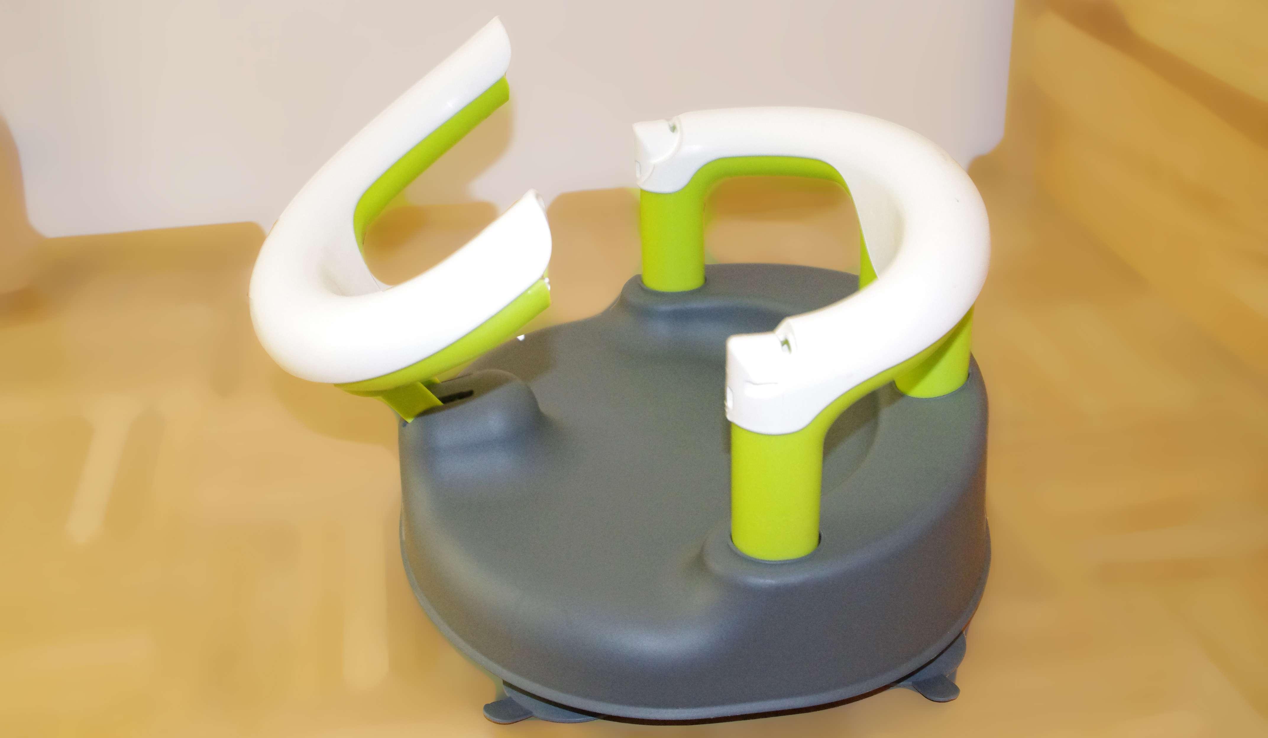 Kindersicherung 7-16 Monate 35x31,3x22cm BPA-frei Grau//Wei/ß//Apple Green 13kg Bis max Mit aufklappbarem Ring inkl Rotho Babydesign Badesitz